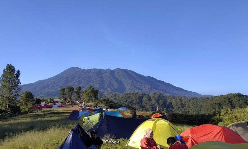 pemandangan di gayatri adventure camp