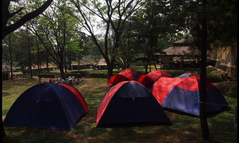 tempat camping di sentul bogor