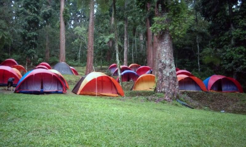 tempat camping sukabumi di situ gunung