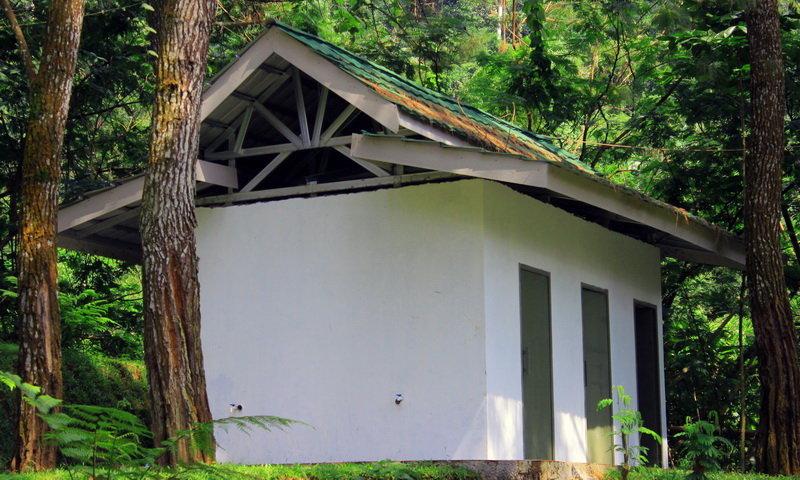 toilet highland camp curug panjang